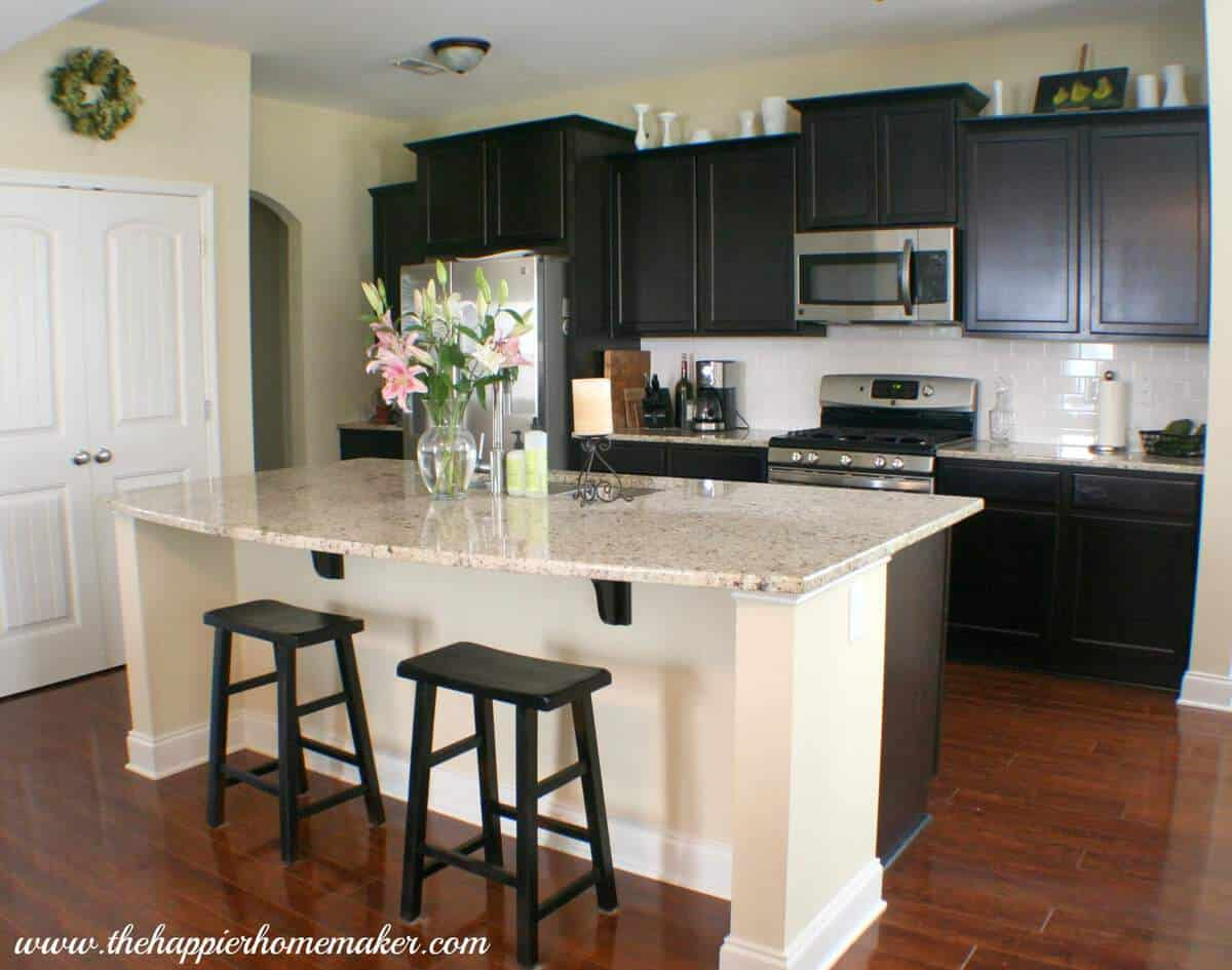 All About the Details: Blogger's Kitchen Tours