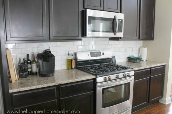 dark grout subway tile