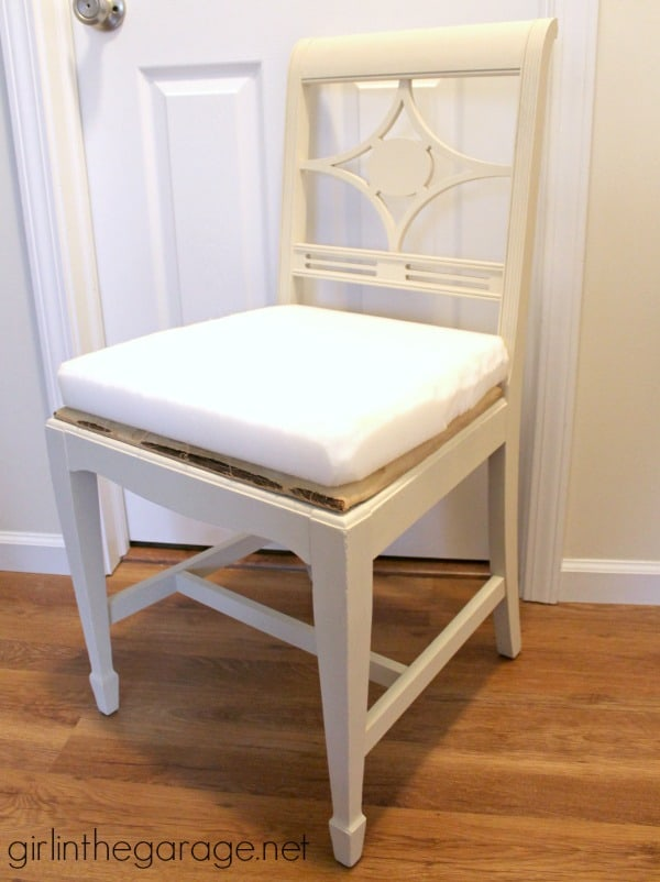 IMG_2511-vintage-chair-makeover-foam-seat-cushion