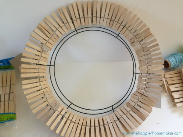 diy clothes pin wreath