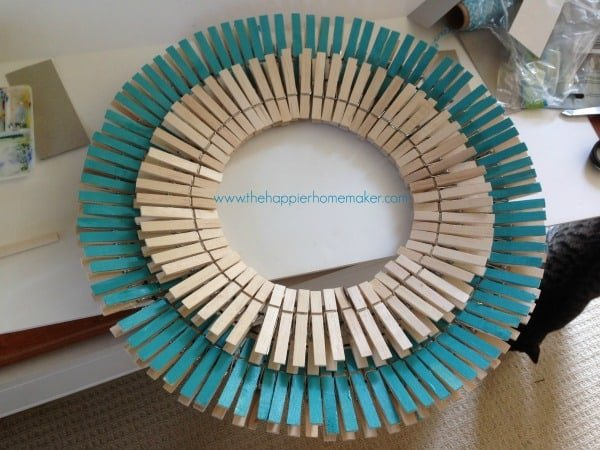 diy clothespin wreath tutorial