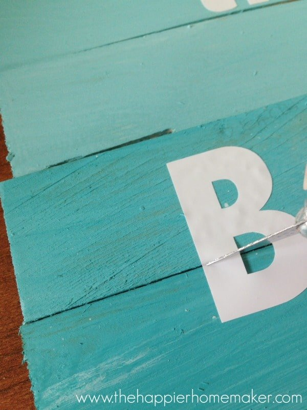 how to apply vinyl letters to wood