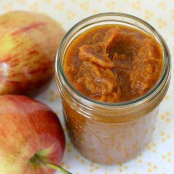 pumpkin apple butter in mason jar