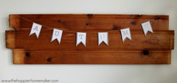 wall decor with autumn banner