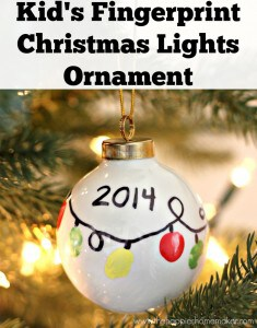 DIY Kid's Fingerprint Ornament - this would make a cute DIY Christmas gift for kids to gift to family members, and a great family keepsake too!