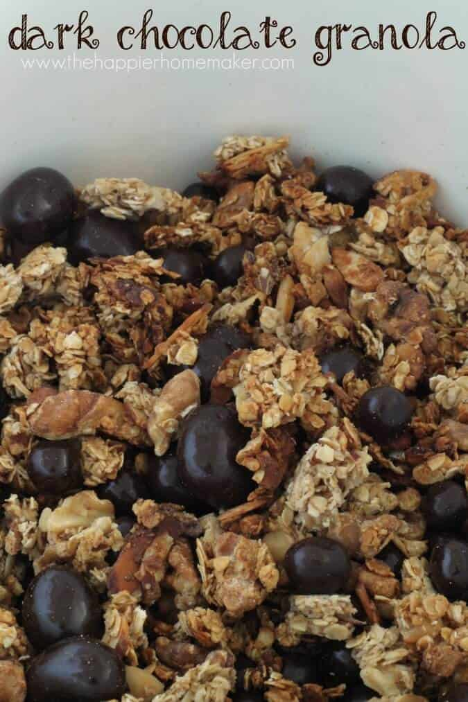 close up dark chocolate granola recipe