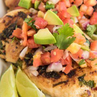 close up cilantro lime chicken