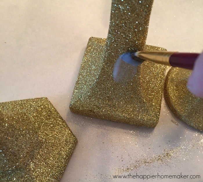 stop glitter from shedding