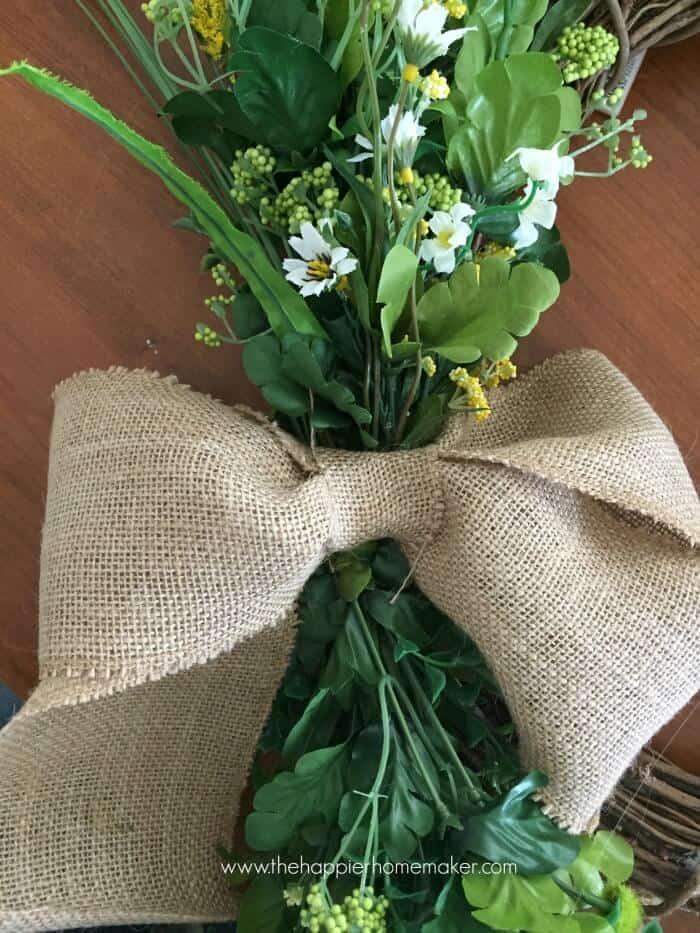 burlap wreath bow