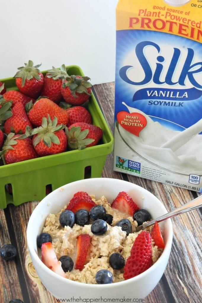 healthy oatmeal fruit