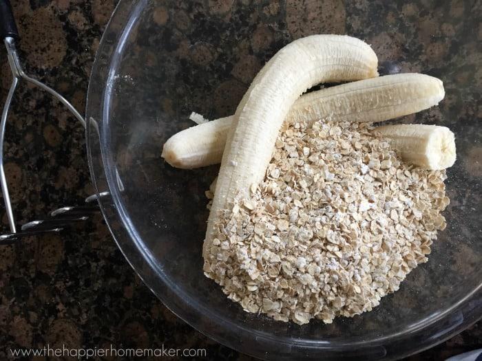 2 ingredient healthy cookie banana oatmeal