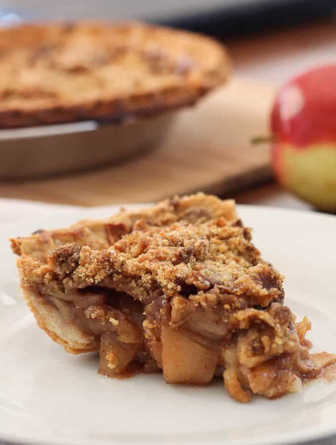 Old Fashioned Apple Pie-2