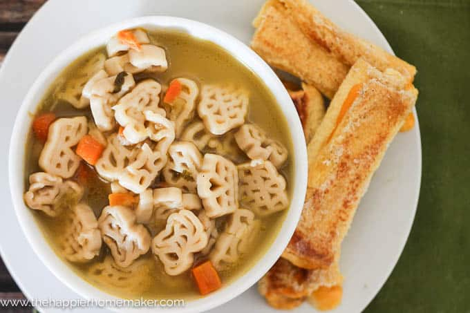 Grilled Cheese Roll Ups are the perfect addition to soup-great for kids!