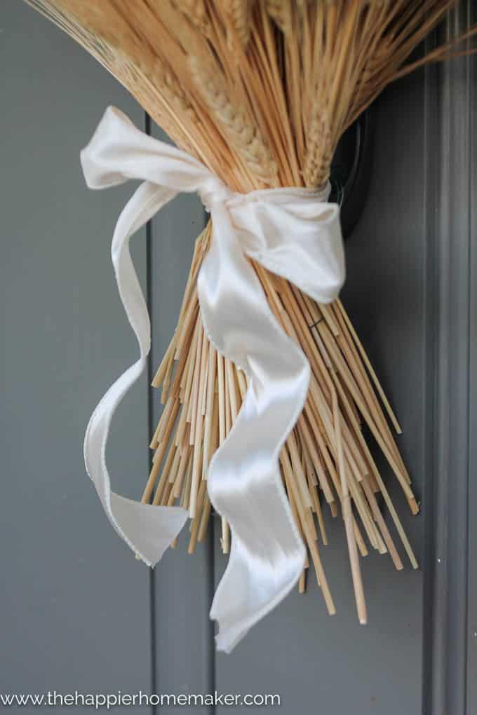 simple diy wheat bundle wreath-2