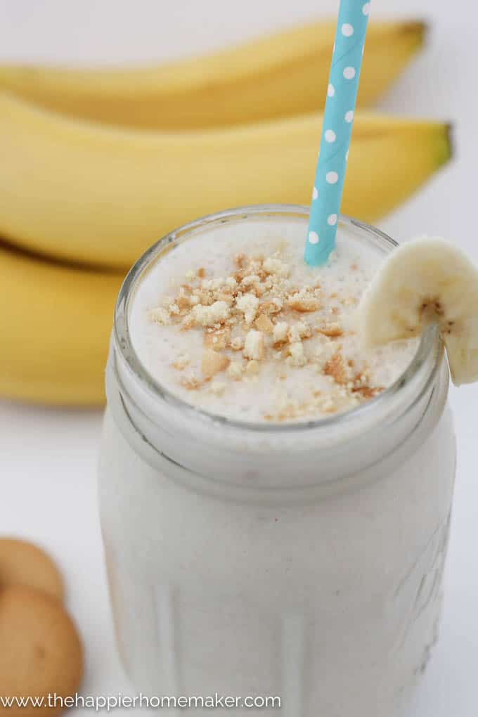 Banana Pudding Smoothie | The Happier Homemaker