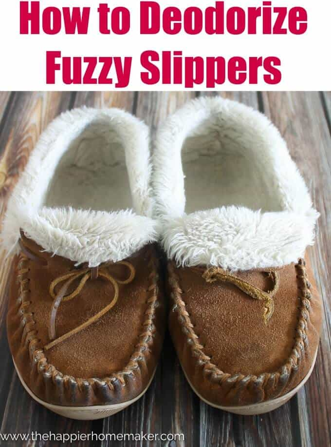 How to Deodorize Stinky Slippers