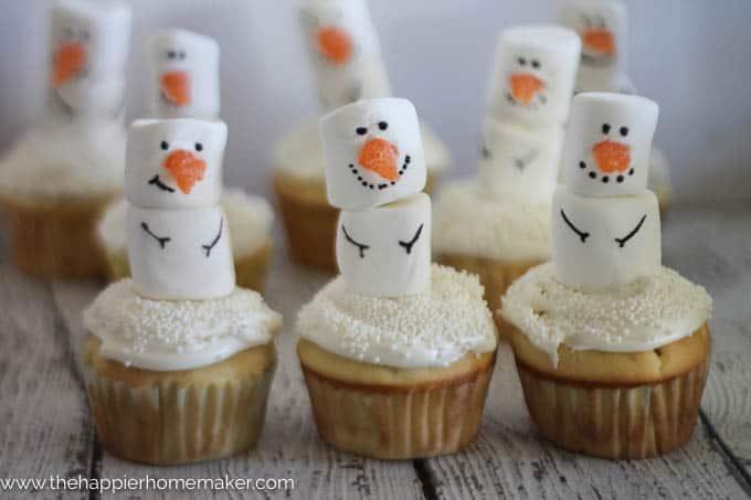 snowman cupcakes-4