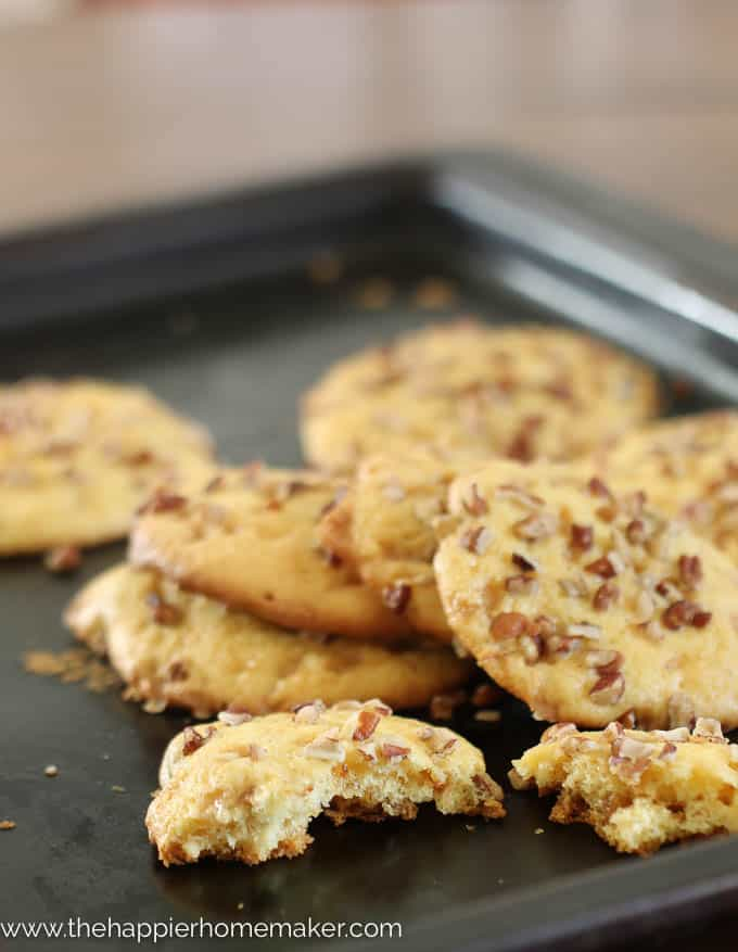 Chewy Pecan Toffee Cookies-3