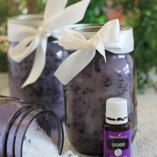 DIY Gift Idea: Homemade Lavender Bath Salts