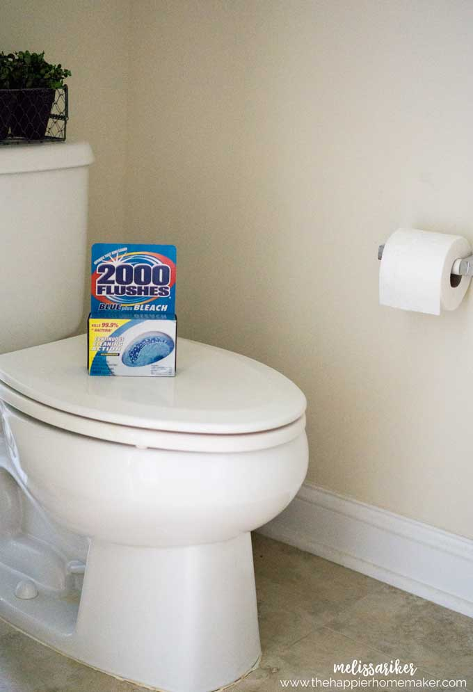 5 tips to help you keep your bathroom cleaner with less work!