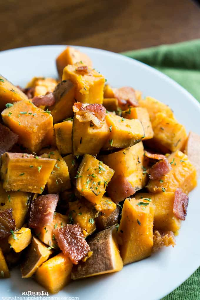 Slow cooker herbed sweet potatoes with crumbled bacon