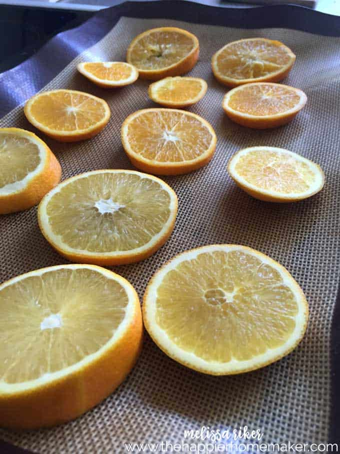 How to dry orange slices in the oven for decorating, crafts, or making your own potpourri