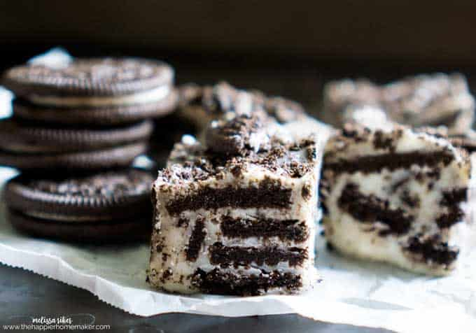 oreo chocolate fudge on parchment papoer