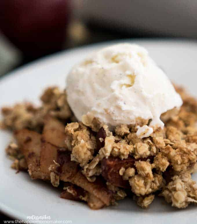 A classic autumn recipe-this 6 ingredient Apple Crisp with crispy oat topping is easy to make and on the table in less than an hour!