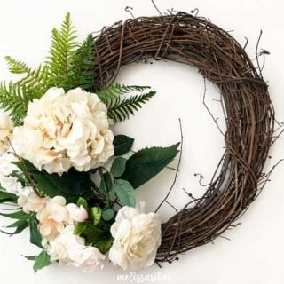DIY summer hydrangea fern wreath