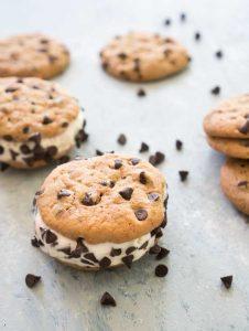 homemade chipwich ice cream sandwich recipe cookie