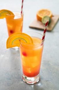 planters punch fruit rum cocktail