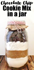 chocolate chip cookie mix layered in mason jar for gift