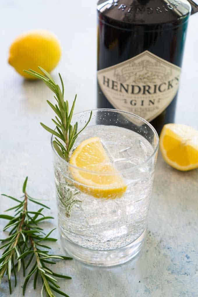 rosemary lemon gin fizz cocktail