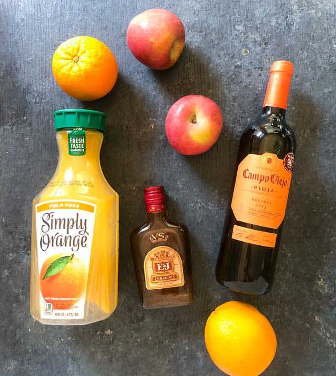sangria ingredients red rioja wine brandy orange juice apples oranges