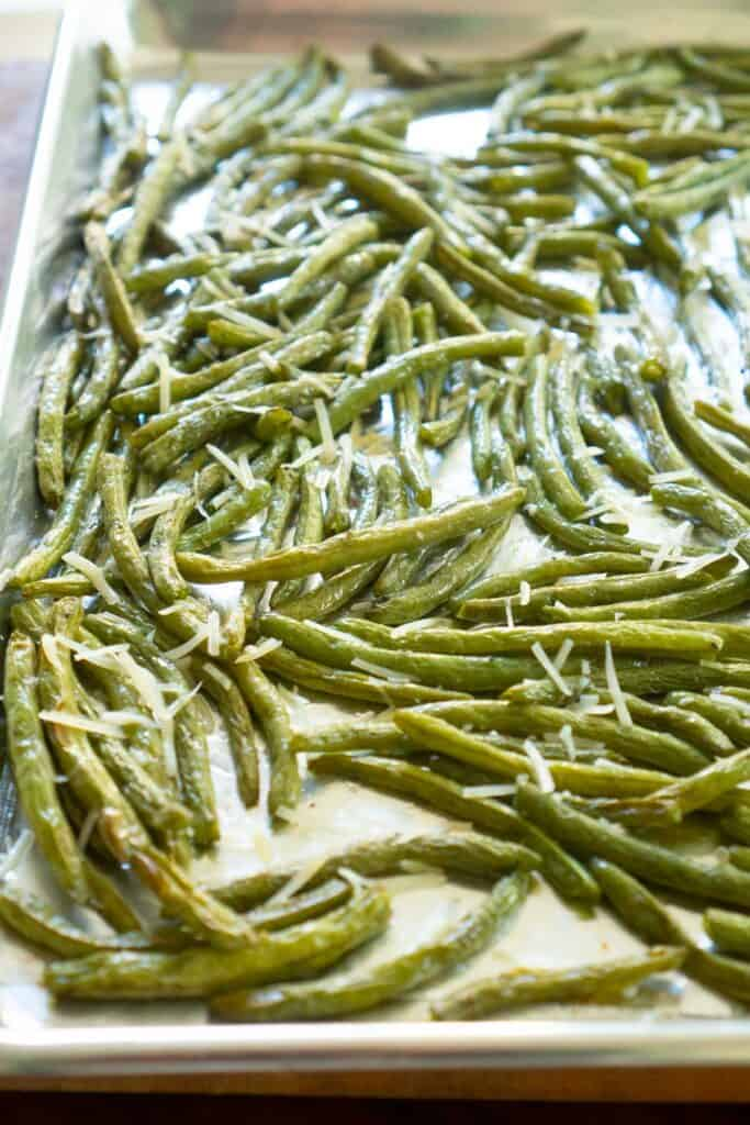 roasted green beans with Parmesan cheese