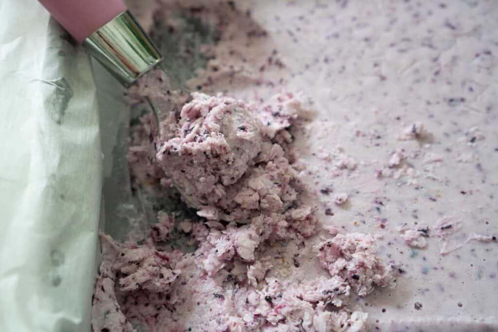 ice cream scoop scooping blueberry frozen yogurt