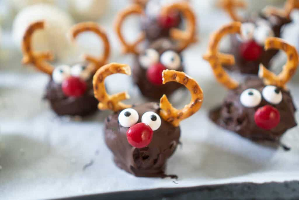 rudolph chocolate truffles on parchent paper