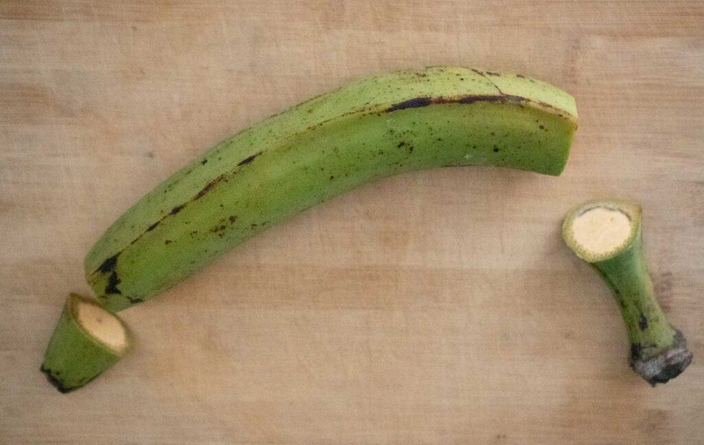 green plantain with ends cut off