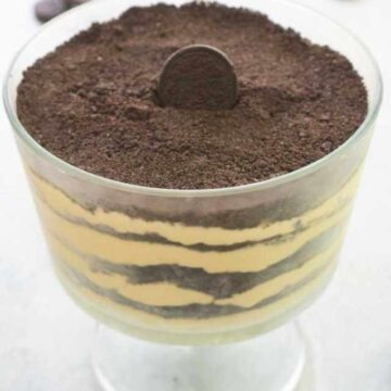 dirt cake in trifle dish